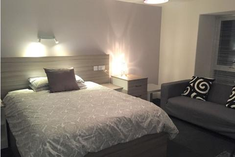 Studio to rent - Roseangle, West End, Dundee, DD1