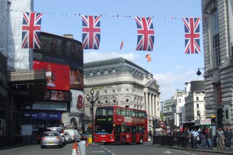 Restaurant to rent - Piccadilly Circus, London, W1