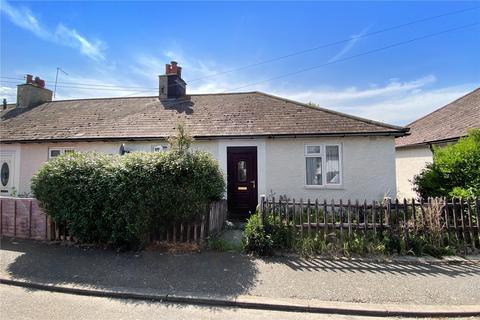 2 bedroom bungalow for sale - Grove Crescent, Littlehampton