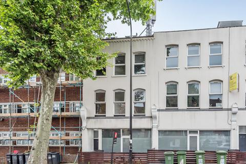 1 bedroom flat for sale - Brownhill Road, London, SE6