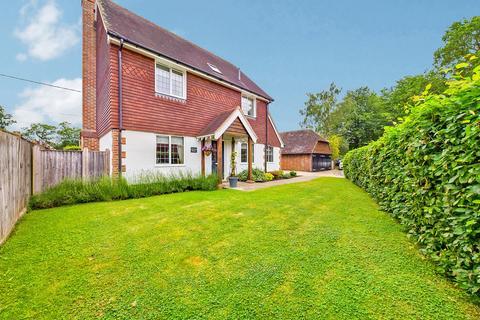 3 bedroom detached house for sale - West Grinstead, Horsham