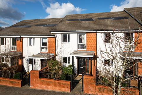 2 bedroom terraced house to rent - Lexington Drive, Haywards Heath