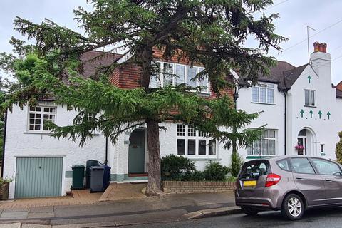 4 bedroom semi-detached house for sale - Rosslyn Avenue East Barnet, EN4