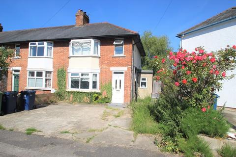4 bedroom semi-detached house to rent - Outram Road, Cowley