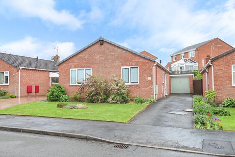 3 bedroom detached bungalow for sale - Medlock Road, Walton, Chesterfield