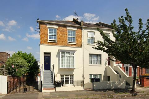 2 bedroom apartment for sale - Priory Road, London