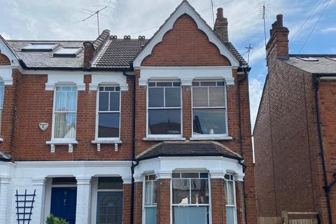 2 bedroom flat for sale - Goodwyns Vale, London
