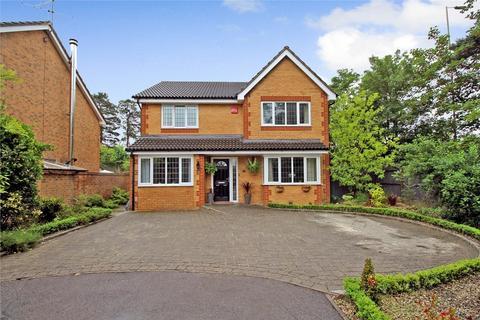 5 bedroom detached house for sale - Maple Leaf Drive, BORDON, Hampshire