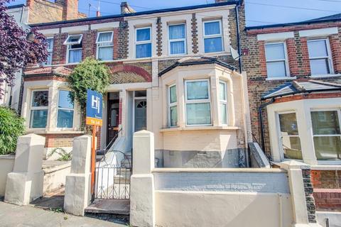 4 bedroom terraced house to rent - Leghorn Road, Plumstead