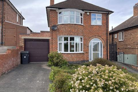 3 bedroom detached house for sale - Lancing Avenue, Leicester