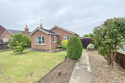 2 bedroom detached bungalow for sale - York Road, Driffield