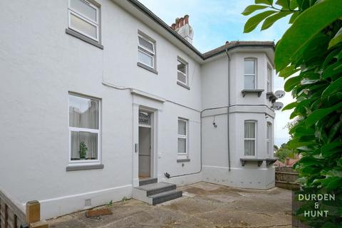 3 bedroom apartment to rent - Rectory Court, Chingford, E4