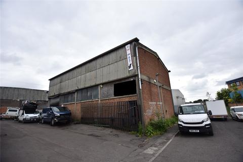 Distribution warehouse for sale - Unit 17 & 17A, Knowles Street, Bradford