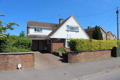 3 bedroom detached house for sale - Pound Road, East Peckham