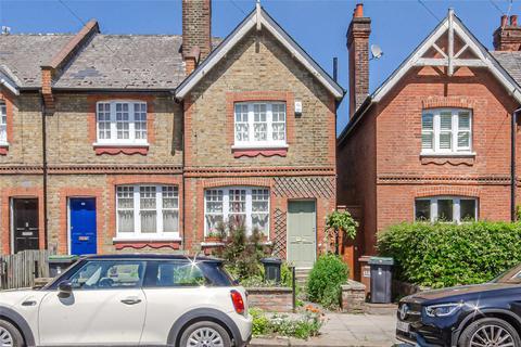2 bedroom end of terrace house for sale - Beechwood Road, London, N8