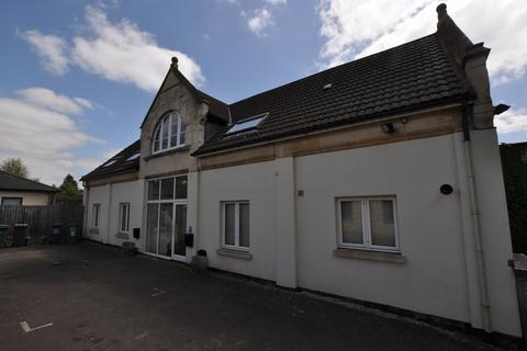 2 bedroom flat to rent - The Coach House , Cainscross, Stroud