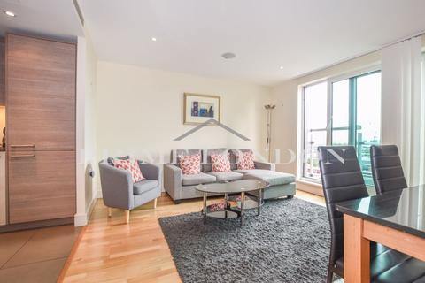 2 bedroom apartment for sale - Aquarius House, St George Wharf, Vauxhall