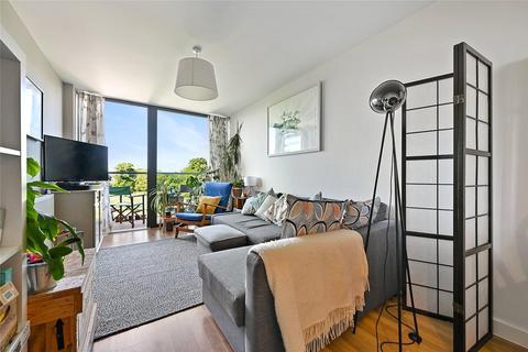 1 bedroom apartment to rent - Cranston Court, Bloemfontein Road, Shepherds Bush, London, W12