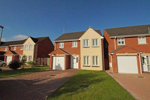 4 bedroom house to rent - Benhall GL51 0GE