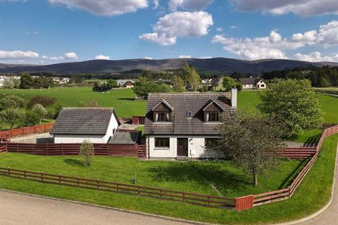 4 bedroom detached bungalow for sale - Grantown On Spey