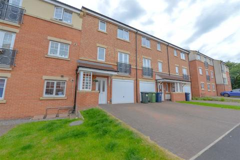 4 bedroom townhouse for sale - Sanderson Villas, St James Village, Gateshead