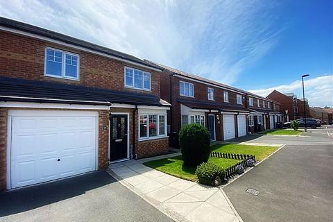 3 bedroom semi-detached house for sale - Cawfields Close, Willington Quay, Wallsend, NE28