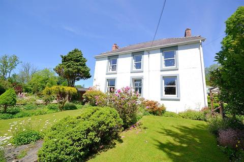 3 bedroom detached house for sale - Llanfyrnach