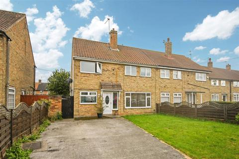 4 bedroom semi-detached house for sale - Bethune Avenue, Hull