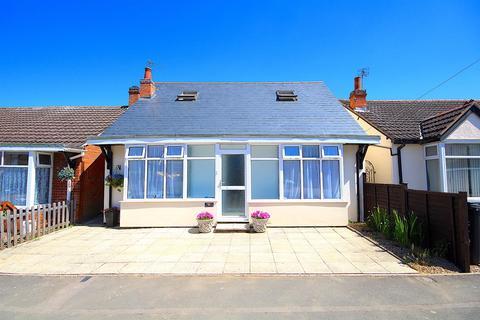 5 bedroom detached bungalow for sale - Brighton Avenue, Syston