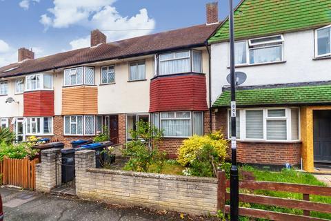 3 bedroom terraced house for sale - Goston Gardens, Thornton Heath, CR7