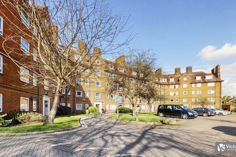 4 bedroom apartment for sale - South End Close, Hampstead, NW3