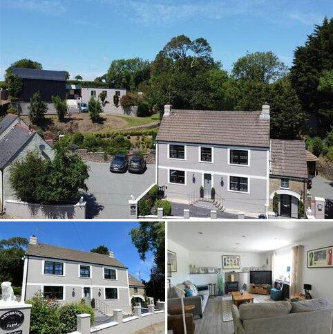 6 bedroom property with land for sale - Newbridge Farm, Crundale, Haverfordwest