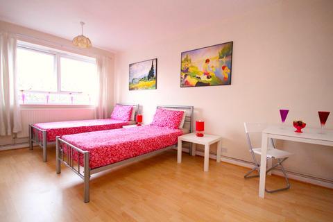 5 bedroom flat to rent - Aldham House, 79 Malpas Road, London SE4