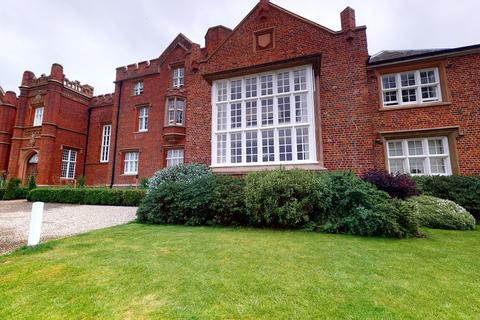 2 bedroom apartment to rent - Danbury Palace Drive, Danbury, Chelmsford CM3