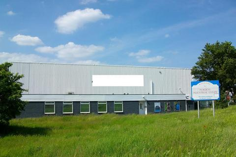 Industrial unit to rent - Fleethall Road, Rochford , Essex , SS4 1NF