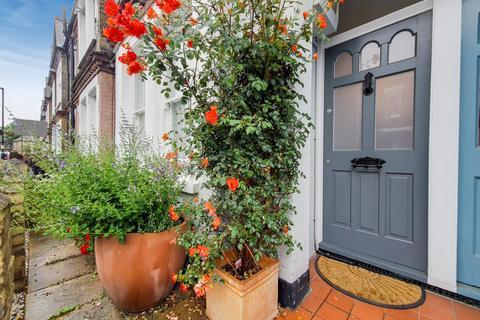 1 bedroom flat for sale - Aylesbury Road, London SE17