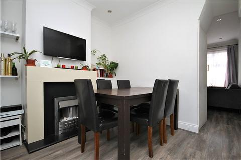 2 bedroom terraced house for sale - Cobden Road, South Norwood, London, SE25