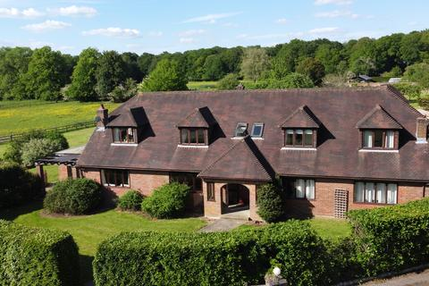 5 bedroom detached house for sale - Peterley Wood Farm