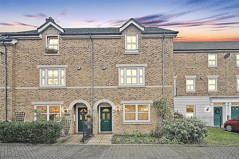 4 bedroom terraced house to rent - Ashton Gate, Flitwick, Bedfordshire, Bedfordshire, MK45