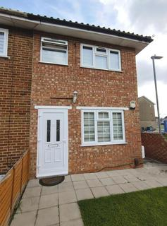 3 bedroom house to rent - Padnall Road, Chadwell Heath, RM6