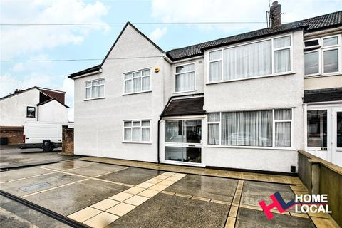 6 bedroom semi-detached house for sale - Horace Avenue, Rush Green, Romford, RM7