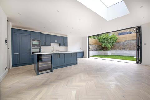 5 bedroom terraced house for sale - Gorst Road, SW11