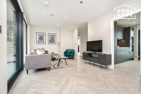 2 bedroom flat to rent - Battersea Park Road, SW8