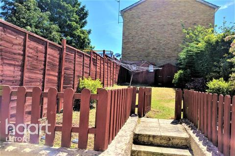 5 bedroom terraced house to rent - Swasedale Road, Luton