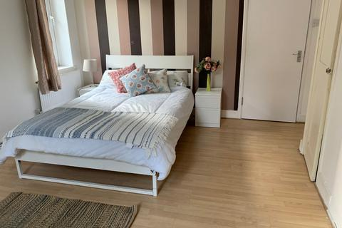 1 bedroom terraced house to rent - LONDON, E17