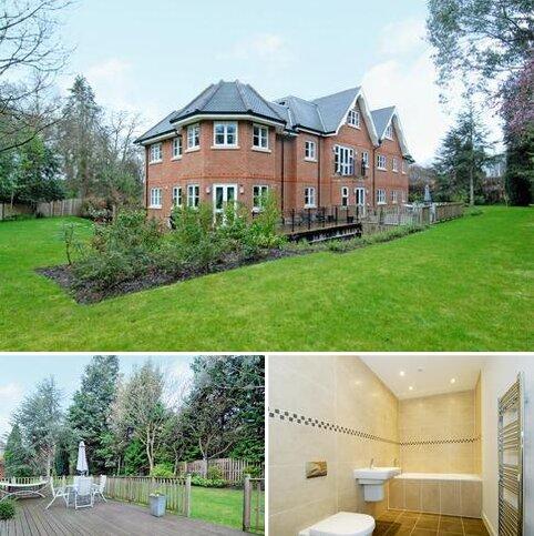 2 bedroom flat for sale - Windlesham,  Surrey,  GU20