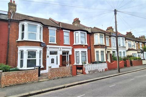 5 bedroom terraced house to rent - Grosvenor Road, London, E10