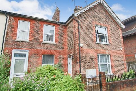 2 bedroom end of terrace house for sale - Queens Road, East Grinstead, West Sussex