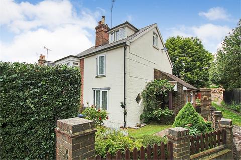 2 bedroom semi-detached house for sale - Hammerwood Road, Ashurst Wood, West Sussex
