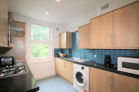 2 bedroom apartment to rent - Blenheim Crescent